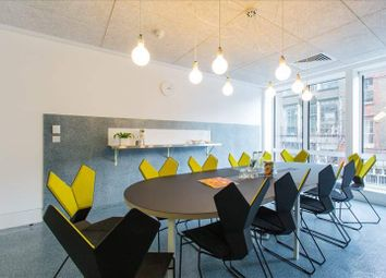 Thumbnail Serviced office to let in Angel Square, London