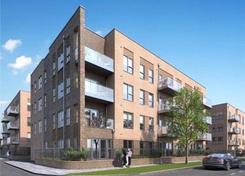 2 bed flat for sale in Oxhey Drive, Watford WD19