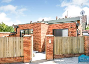Muswell Avenue, Muswell Hill, London N10. 3 bed detached house