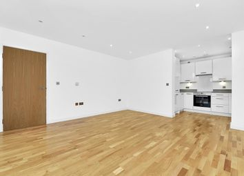 2 bed property to rent in Tabernacle Gardens, London E2