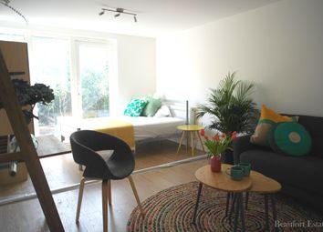 Thumbnail Studio to rent in Salisbury Walk, Archway