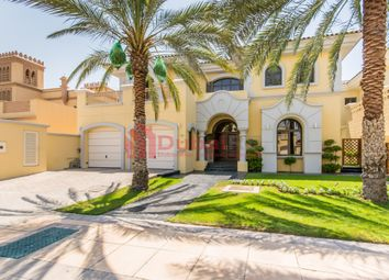 Thumbnail 5 bed villa for sale in Frond F, Palm Jumeirah, Dubai, United Arab Emirates