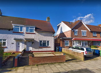 Thumbnail Room to rent in Carlisle Avenue, West London