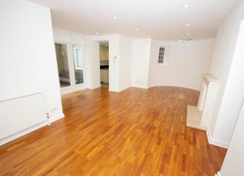 Thumbnail 2 bed flat to rent in Branch Hill, Hampstead
