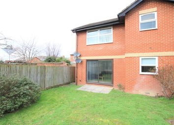 2 bed maisonette to rent in Alderney Court, Montague Street, Reading, Berkshire RG1