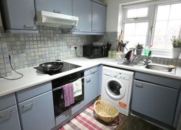 3 bed town house to rent in Burton Close, Oadby, Leicester LE2