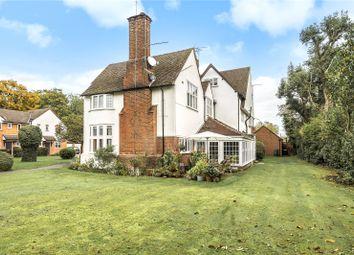 Thumbnail 2 bed flat for sale in Tunmers House, Narcot Lane, Gerrards Cross, Buckinghamshire
