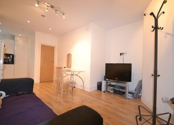 Thumbnail 3 bed flat to rent in Mitcham Road, Tooting, London