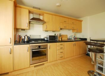 Thumbnail 1 bed flat to rent in Villiers Road, Kingston