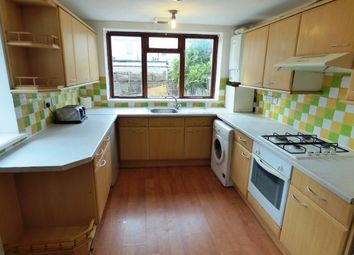 3 bed property to rent in Park Avenue, Barking IG11