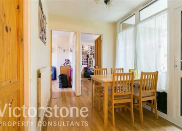 Thumbnail 4 bed flat to rent in Abingdon Close, Camden Square, London