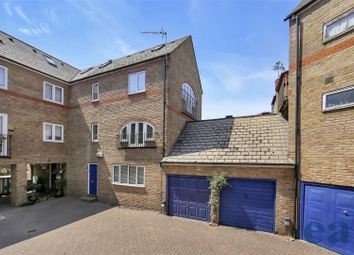 Thumbnail 3 bed town house for sale in Wapping High Street, London