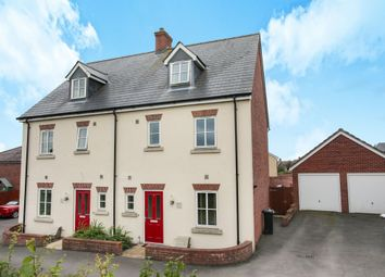 Thumbnail 4 bed town house for sale in Caldwell Close, Shaftesbury