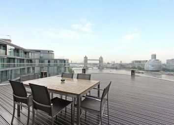 Thumbnail 4 bed flat to rent in Lower Thames Street, London