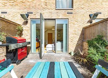 2 bed maisonette for sale in Arbor House, Brentford, London TW8