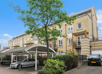 Thumbnail 4 bed town house to rent in St. Davids Square, London