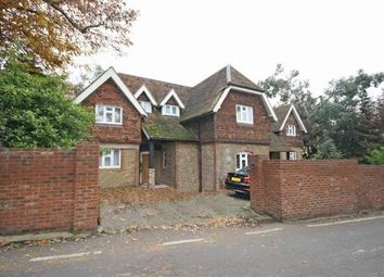 Thumbnail 1 bed flat to rent in Warren Road, Coombe, Kingston Upon Thames