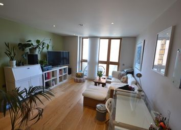 Thumbnail 1 bed flat to rent in Watermans Place, Granary Wharf, City Centre