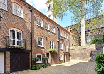 Thumbnail 3 bed property for sale in Rutland Gate Mews, London