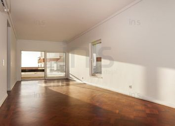 Thumbnail 3 bed apartment for sale in Carcavelos E Parede, Carcavelos E Parede, Cascais