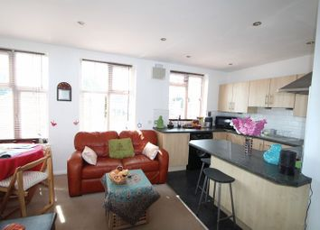 Thumbnail 1 bed flat to rent in Bellegrove Road, Wellling, Kent