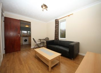 Thumbnail 1 bed flat to rent in Willow Tree Glade Calcot, 1 Bedroom Flat, Reading