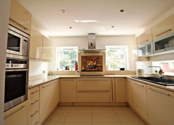 Thumbnail 5 bedroom property for sale in Theobalds Road, Cuffley, Potters Bar