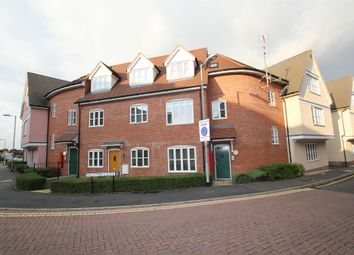Thumbnail 2 bedroom flat for sale in Weavers Close, Dunmow, Essex
