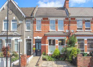 3 bed property for sale in Barmeston Road, London SE6