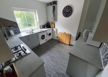 Thumbnail 2 bed flat for sale in Farningham Road, Caterham