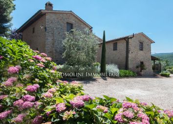 Thumbnail Hotel/guest house for sale in Casole D'elsa, Tuscany, Italy