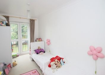 Thumbnail 2 bedroom flat to rent in Stevens Close, Beckenham