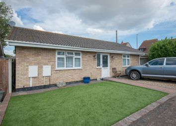 Seamark Close, Monkton, Ramsgate CT12. 2 bed detached bungalow