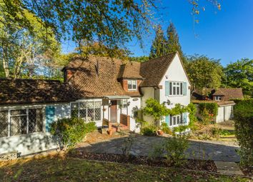 Thumbnail 4 bed detached house for sale in Greenhills Close, Rickmansworth, Hertfordshire