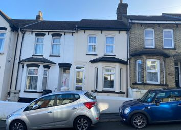 Thumbnail 1 bed flat for sale in Sturla Road, Chatham