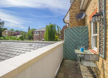 Thumbnail 2 bed maisonette for sale in Walton Road, East Molesey