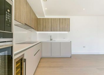 Thumbnail 3 bedroom flat to rent in The Avenue, Queens Park, London