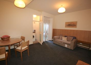 2 bed flat to rent in Causewayside, Newington, Edinburgh EH9