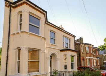 Thumbnail Studio to rent in Ravensbourne Road, Bromley, Kent