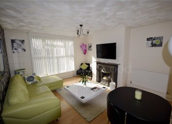 1 bed flat to rent in Thistledown, Basildon, Essex SS14
