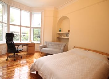 Thumbnail Room to rent in Victoria Square, Jesmond, Newcastle Upon Tyne