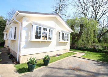 Thumbnail 2 bedroom mobile/park home for sale in Park Lane, Godmanchester, Huntingdon