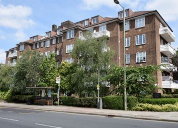 Thumbnail 1 bed flat to rent in Heathway Court, Finchley Road, London