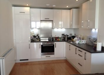 Thumbnail 1 bed flat to rent in Pontes Avenue, Hounslow