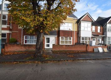 Thumbnail Flat to rent in County Road, Town Centre, Swindon