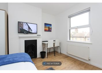 Room to rent in Old Oak Lane, London NW10