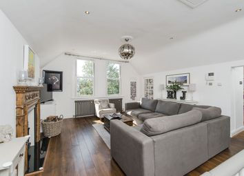 Thumbnail 2 bedroom flat for sale in Lingfield Road, London