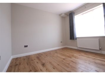Thumbnail 5 bed terraced house to rent in Holland Park Avenue, Ilford