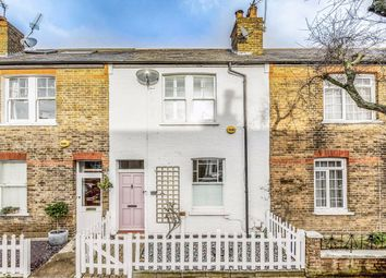 2 bed property for sale in Ridley Avenue, London W13