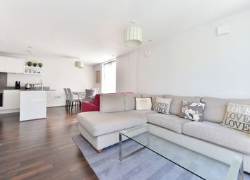 Thumbnail 1 bed flat to rent in St Pauls Street, Islington